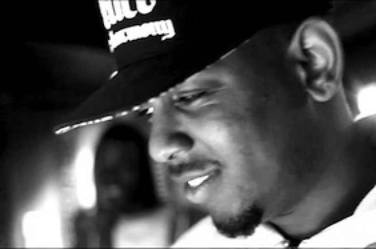 "Kendrick Lamar hears Jay-Z's verse to ""BDKMV (Remix)"""
