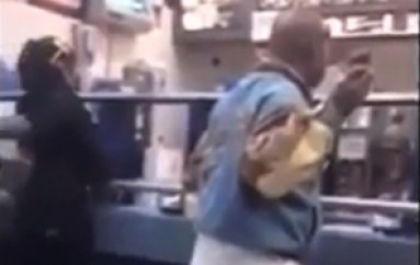Man Snaps At McDonald's (T4S Mobile Paparazzi)