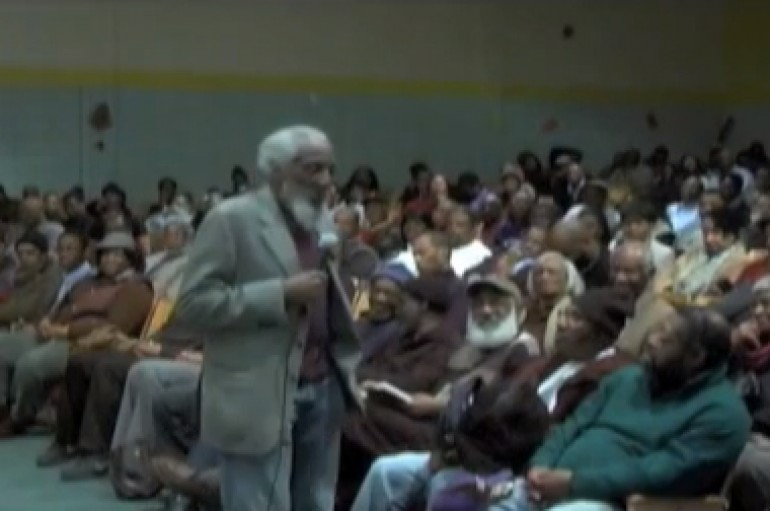 Dick Gregory – Politricks and Government Conspiracies in 2014