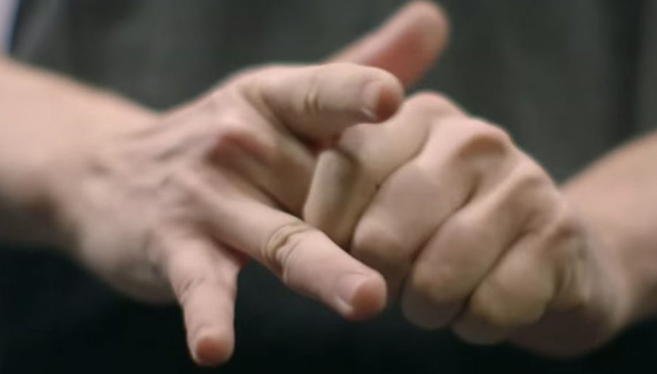 Do You Crack Your Knuckles? Here Is What Happens When You Do