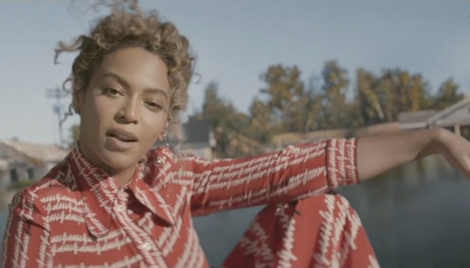 Beyonce' – Formation (Music Video)